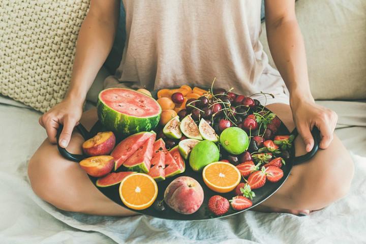 https://www.byrdie.co.uk/fruitarian-diet | byrdie