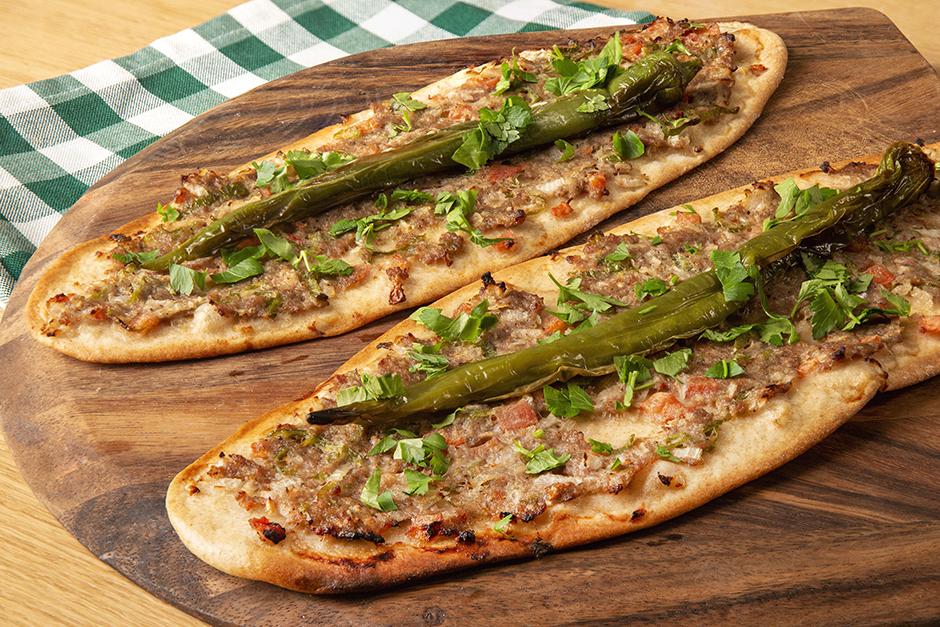 konya-etli-ekmek-yemekcom