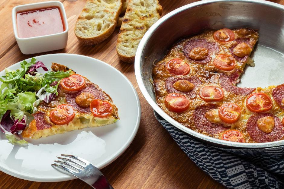 Kahvaltılık Yumurtalı Patates Pizzası Tarifi