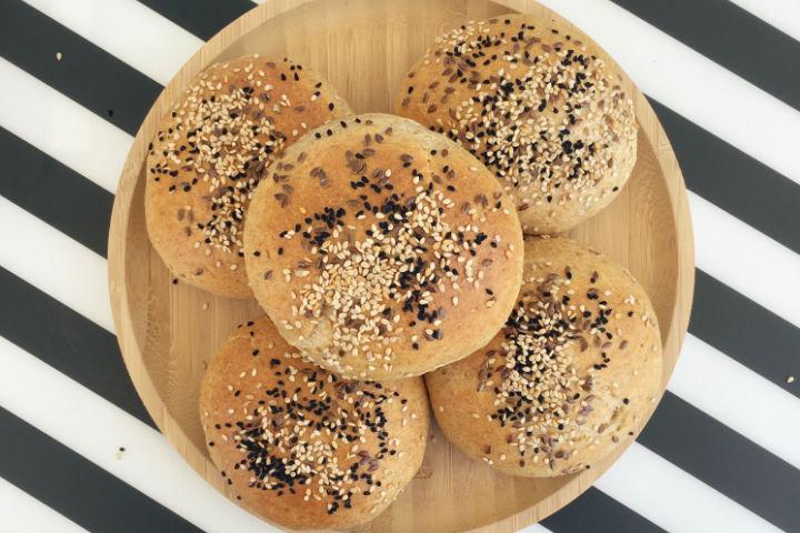 Tam Buğdaylı Hamburger Ekmeği Tarifi