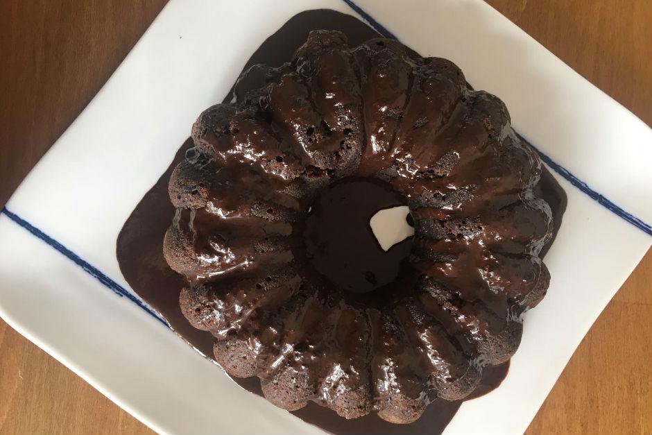 bitter-cikolata-soslu-fit-kek-tarifi
