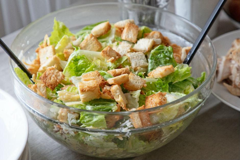 Diyet Sezar Salatası Tarifi