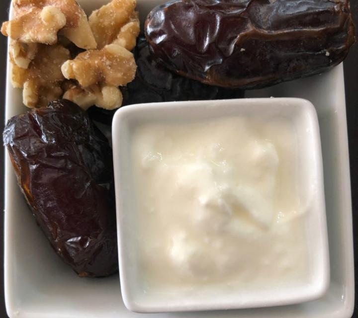 hurma-yogurt-diyeti-nasil-yapilir