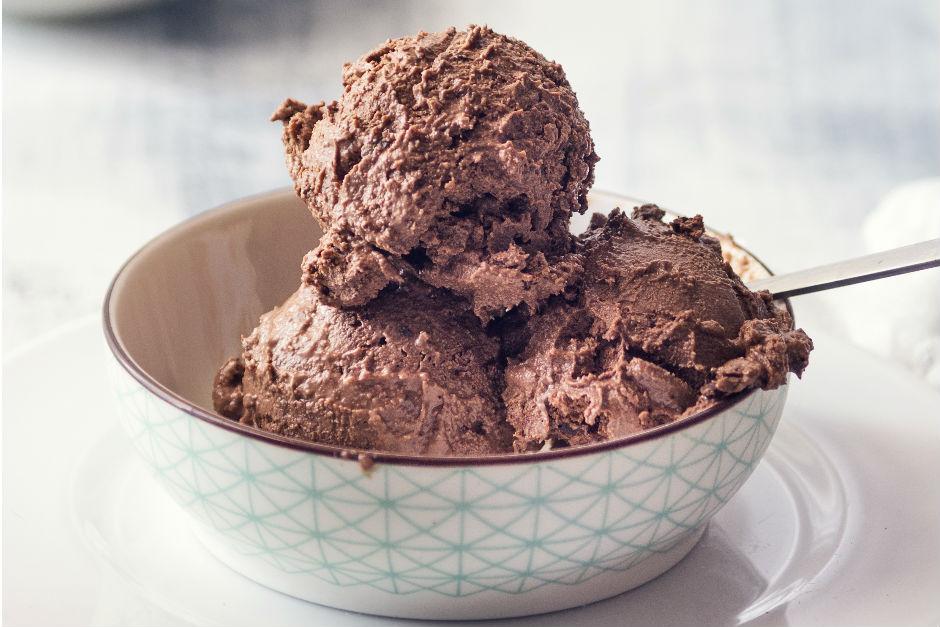Kakaolu Dondurma Tarifi