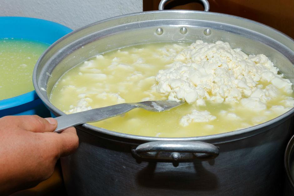 sirke-ile-peynir-yapimi2