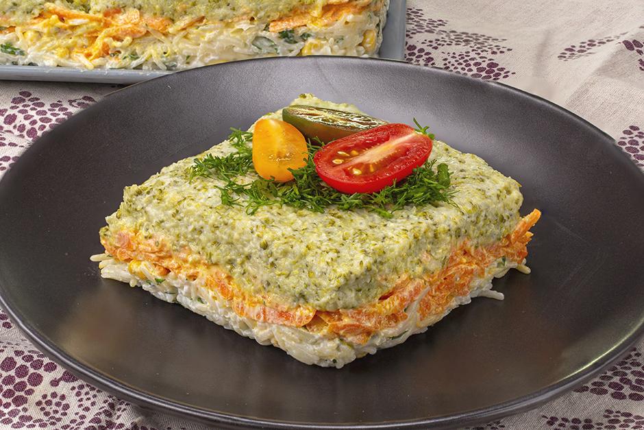 Üç Renkli Brokoli Salatası Tarifi