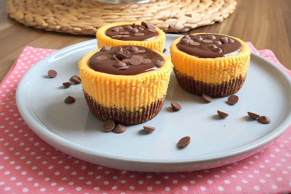 Bal Kabaklı Çikolatalı Mini Cheesecake Tarifi