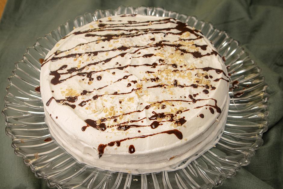 Krem Şantili Pasta Tarifi