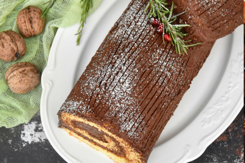 Kütük Pasta (Buche de Noel) Tarifi