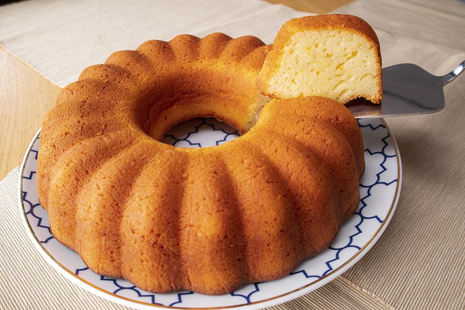 Yoğurtlu Portakallı Kek Tarifi