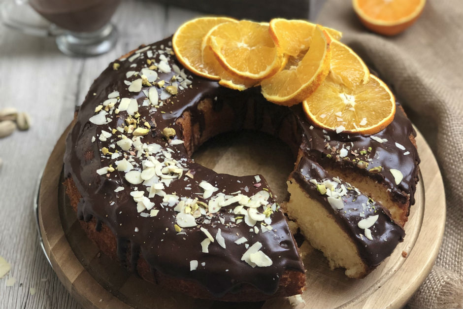cikolata-soslu-portakalli-kek