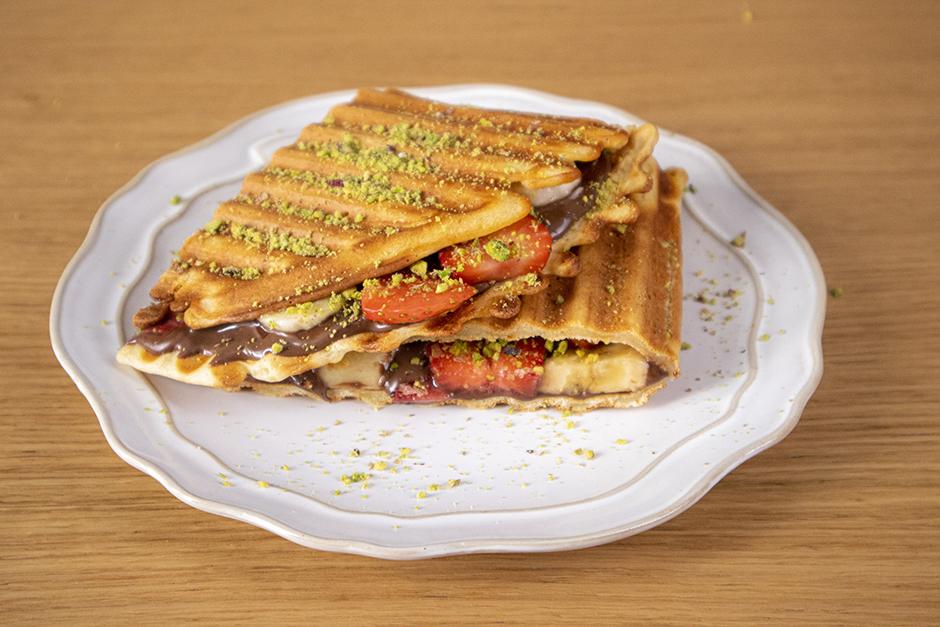 tost-makinesinde-waffle-tarifi