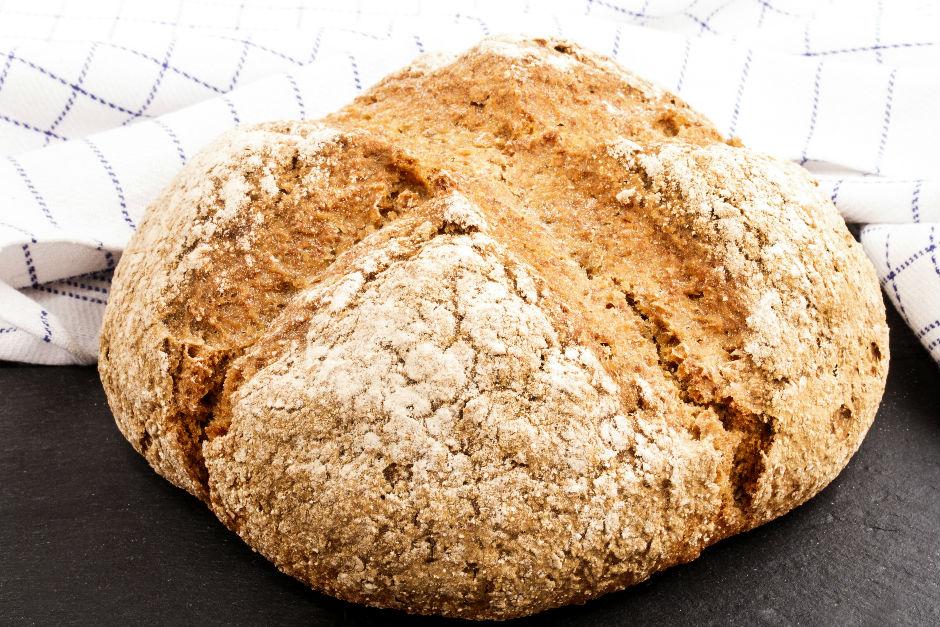mayasiz-ekmek-yapimi
