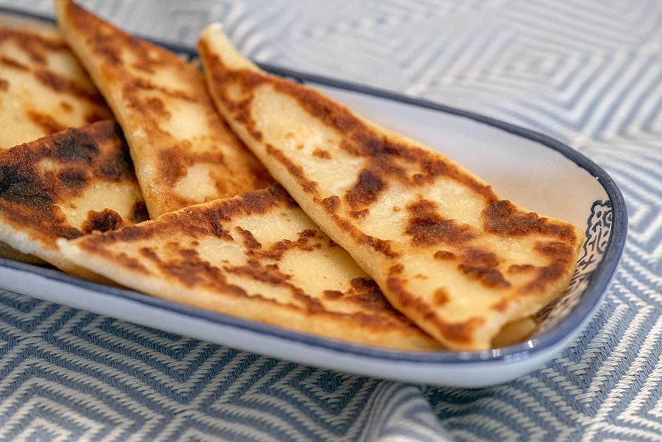 patatesli-tava-ekmegi-yemekcom