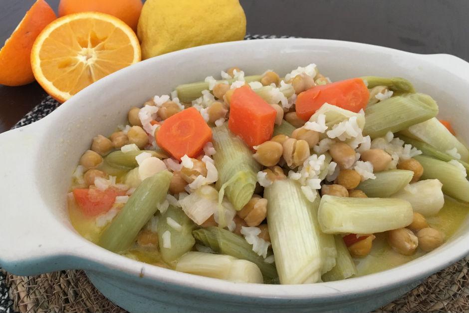 pirincli-nohutlu-pirasa-yemegi-yeni