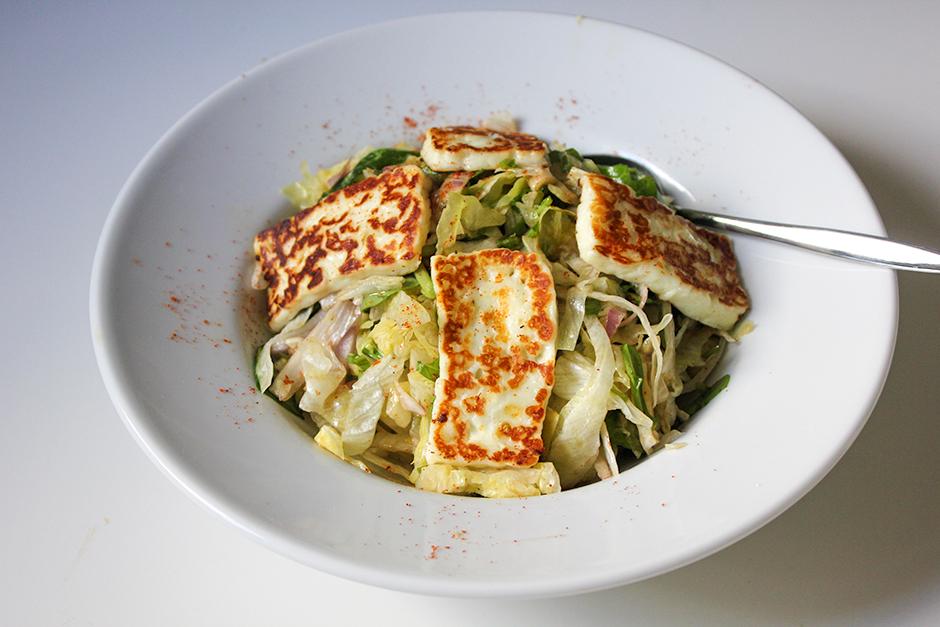 Hellimli Salata Tarifi