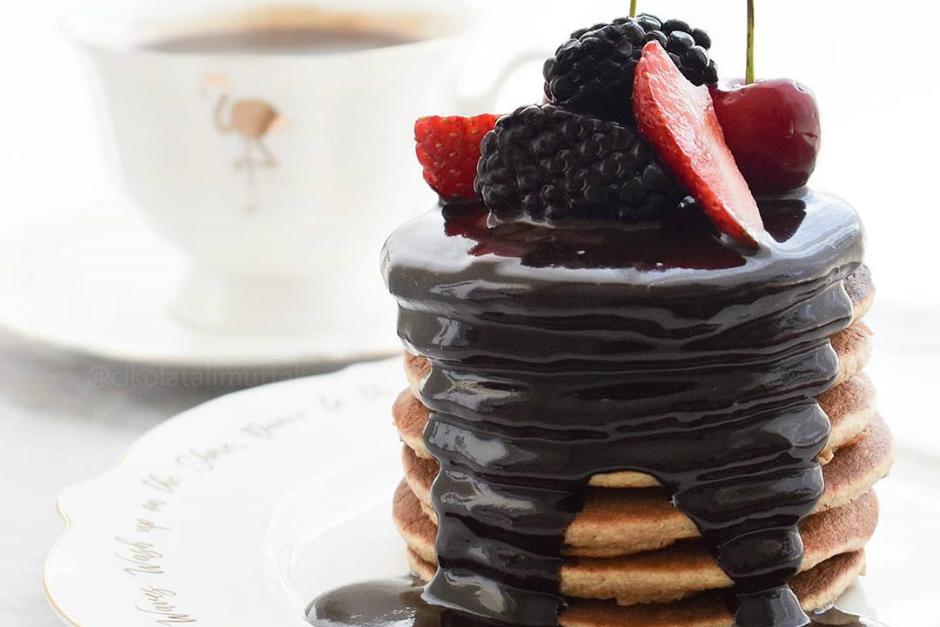Çikolata Soslu Fit Pankek Tarifi
