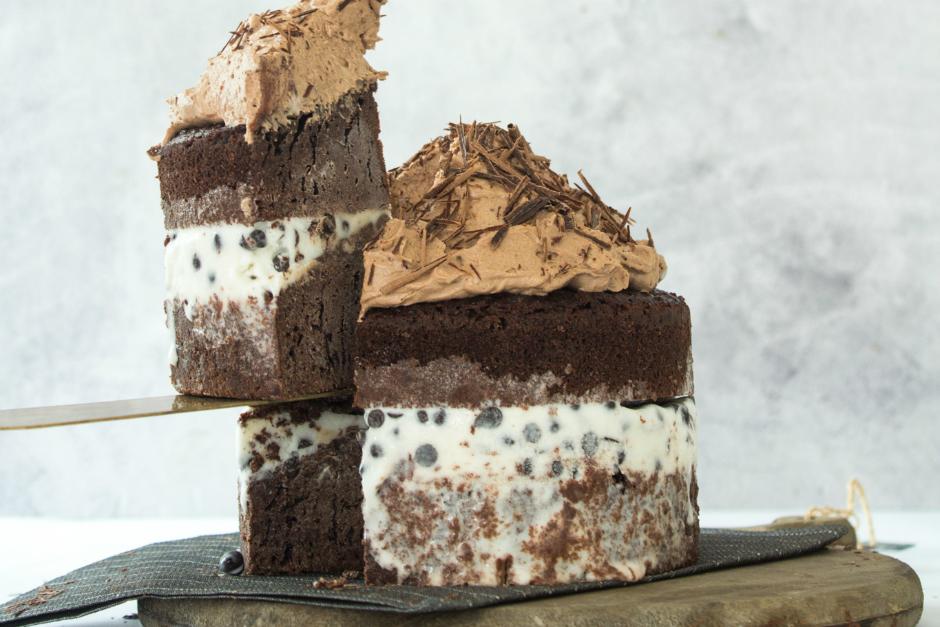 Dondurmalı Brownie Pasta Tarifi