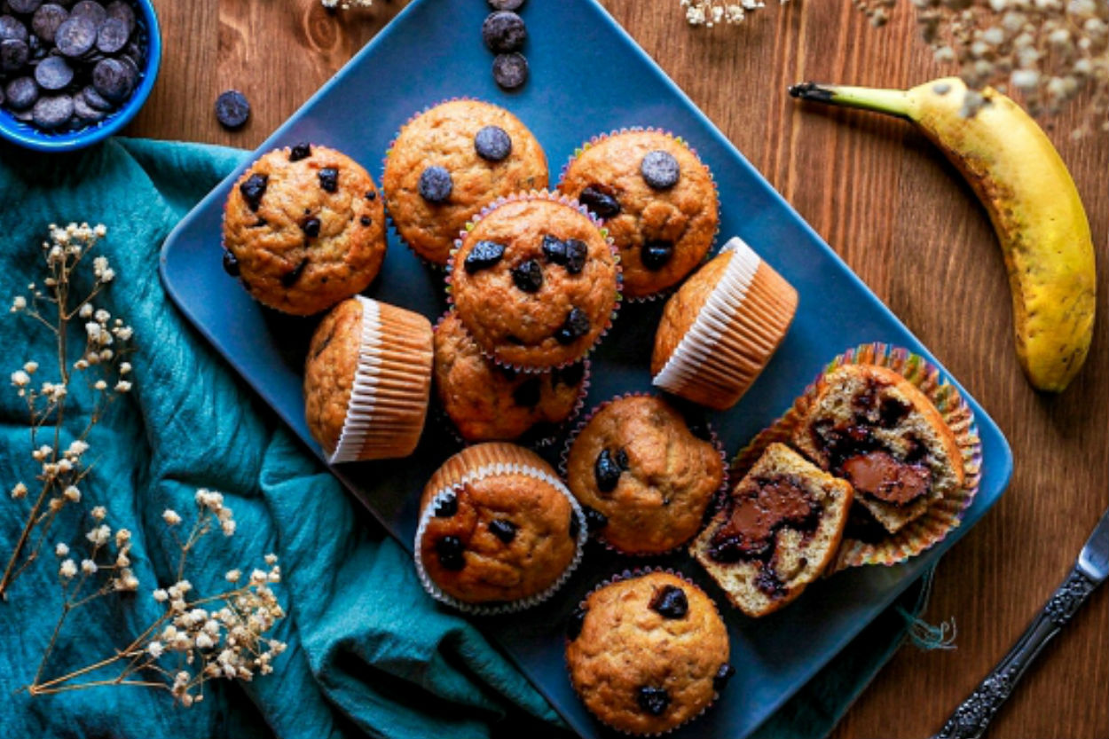 Çikolata Dolgulu Muzlu Muffin Tarifi