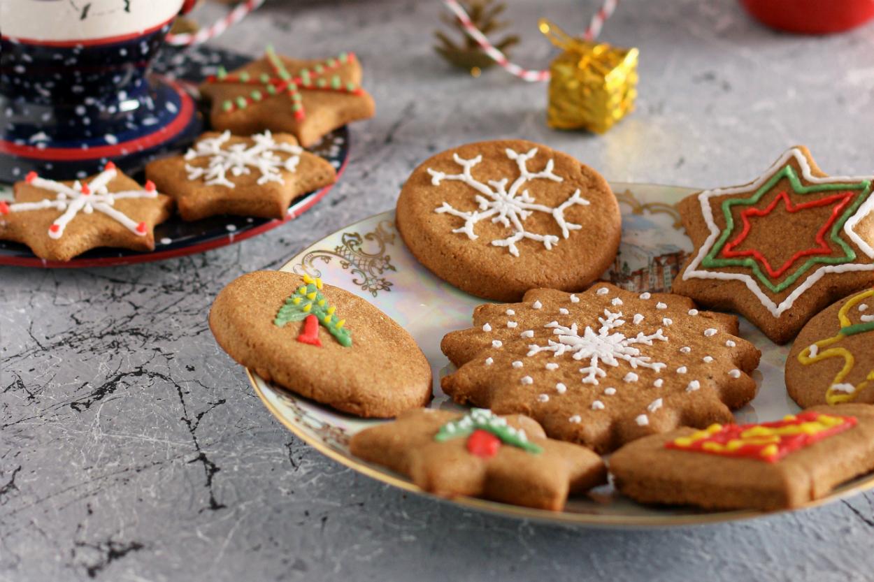 Rafine Şekersiz Gingerbread Kurabiye Tarifi