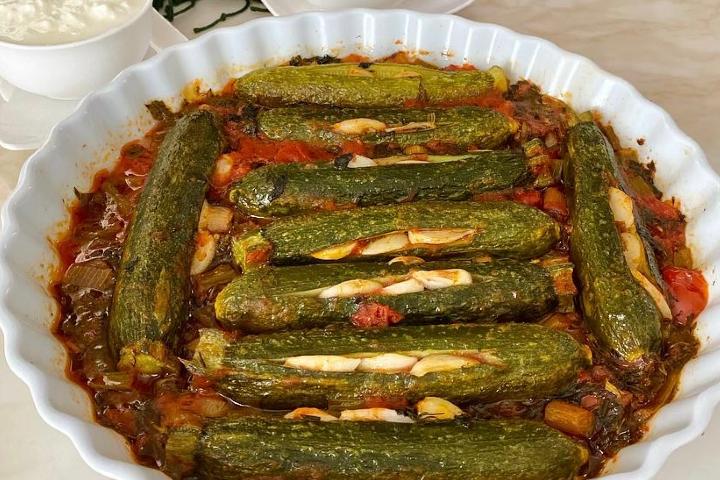 Fırında Zeytinyağlı Kabak Yemeği Tarifi