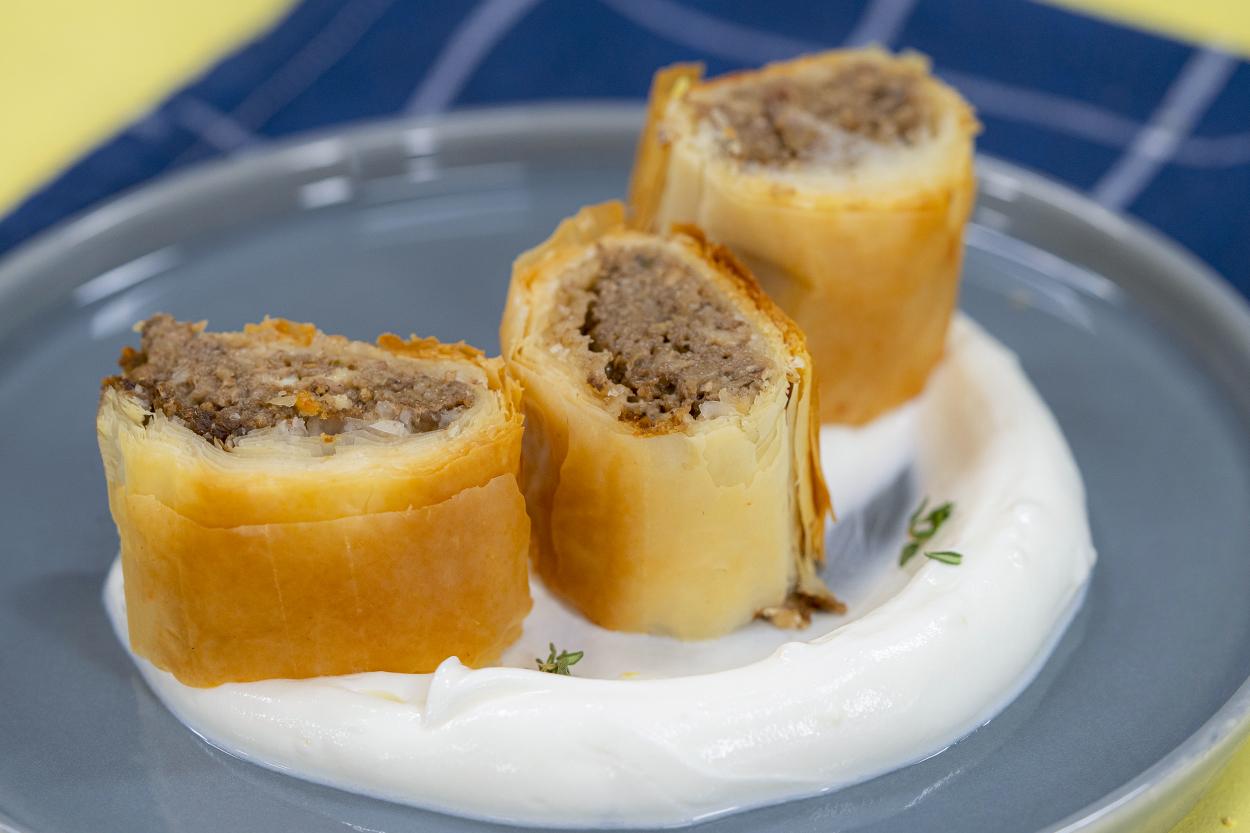 Patlıcanlı Mantarlı Strudel Börek Tarifi