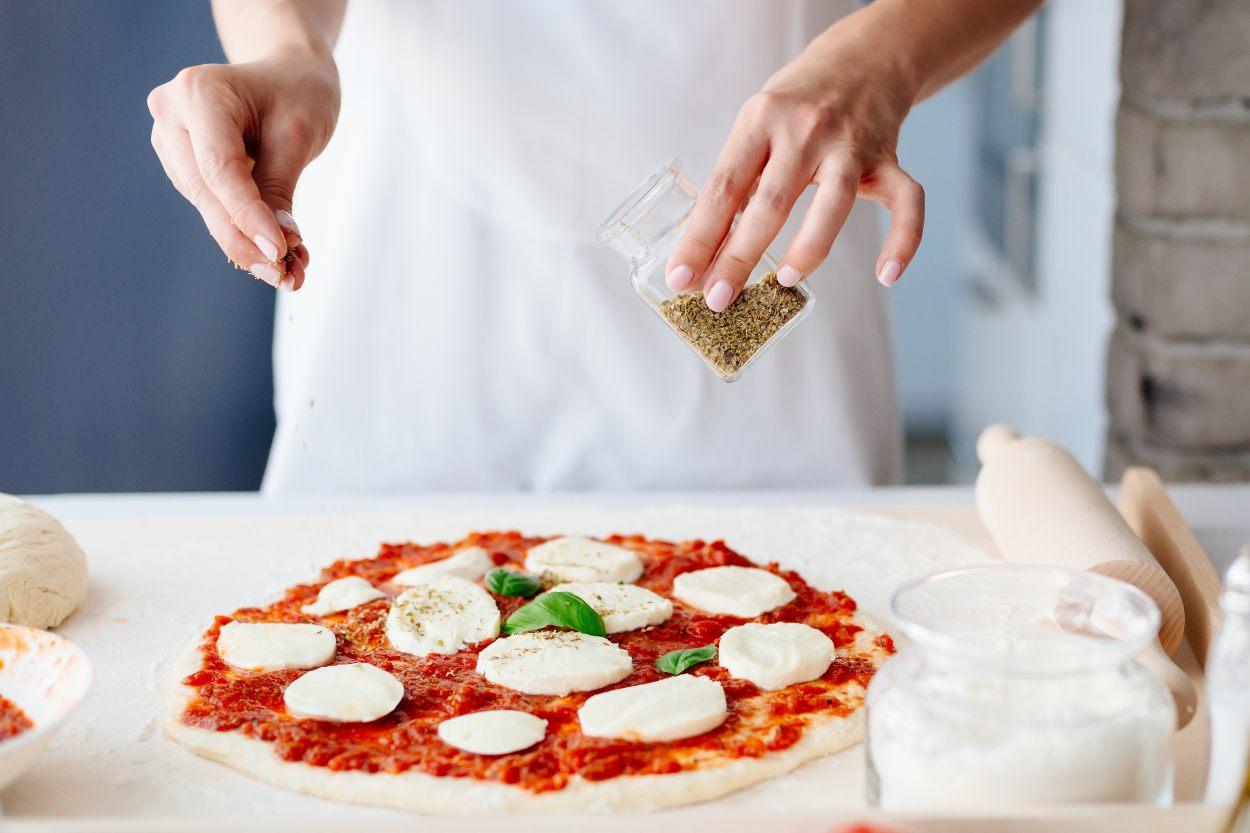 pizza-baharati-tarifi-nasil-yapilir-3